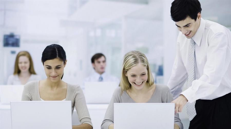 Asesor a gestor a laboral online altas bajas seguridad social tarragona gestor a asesoria - Horario oficina seguridad social ...